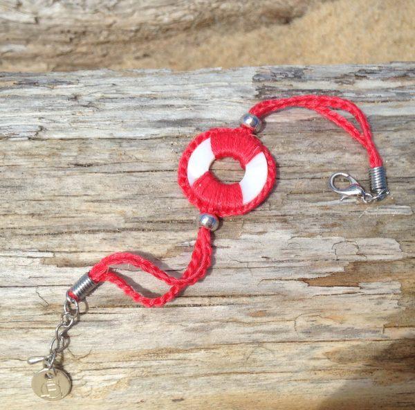 Collection Baltik- Le bracelet- Bracelet Baltik corail sur bois flotté
